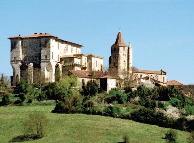 chateau,lavardens,gers,lavardens,culture,loisir